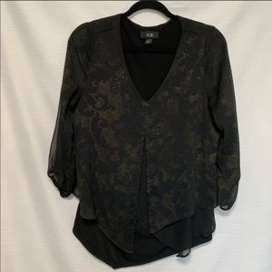 4 for $25 AGB layered look blouse size L